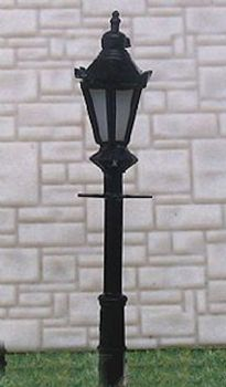 N Scale Lampposts  and  Yard Lights